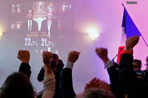 2017-04-26_ynet_france-revolution